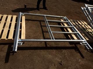 Ladder Frame Scaffolding with Canadian Lock and Pin